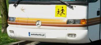 Wynajmij autokar dla dzieci.