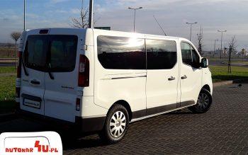 Bus Renault Trafic zabierze 8 osób